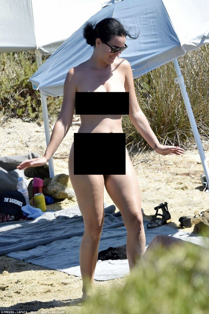 Katy-Perry-and-Orlando-Bloom-Naked-2-1-683x1024