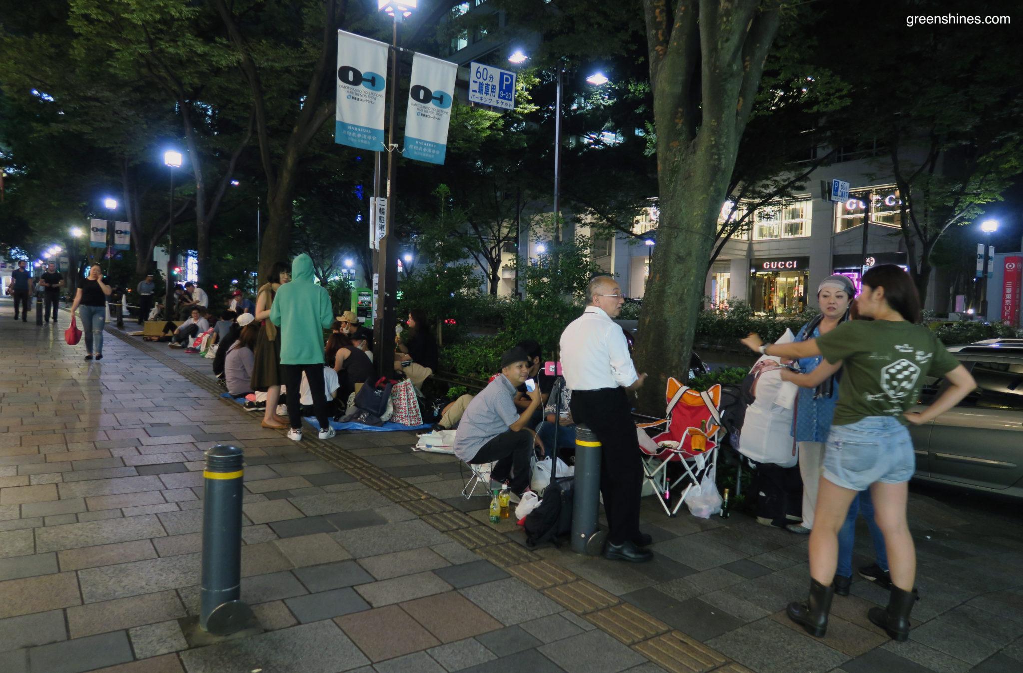 11-apple-store-tokyo-iphone-7