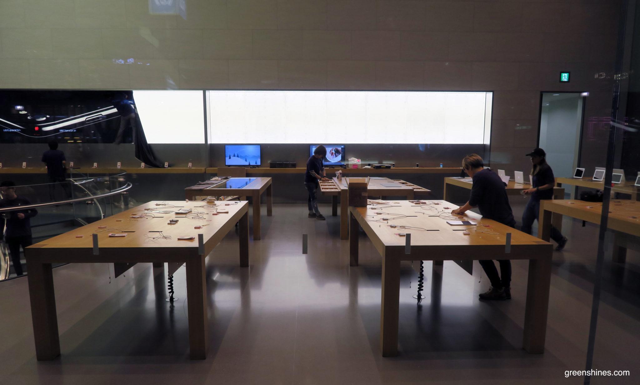2-apple-store-tokyo-iphone-7