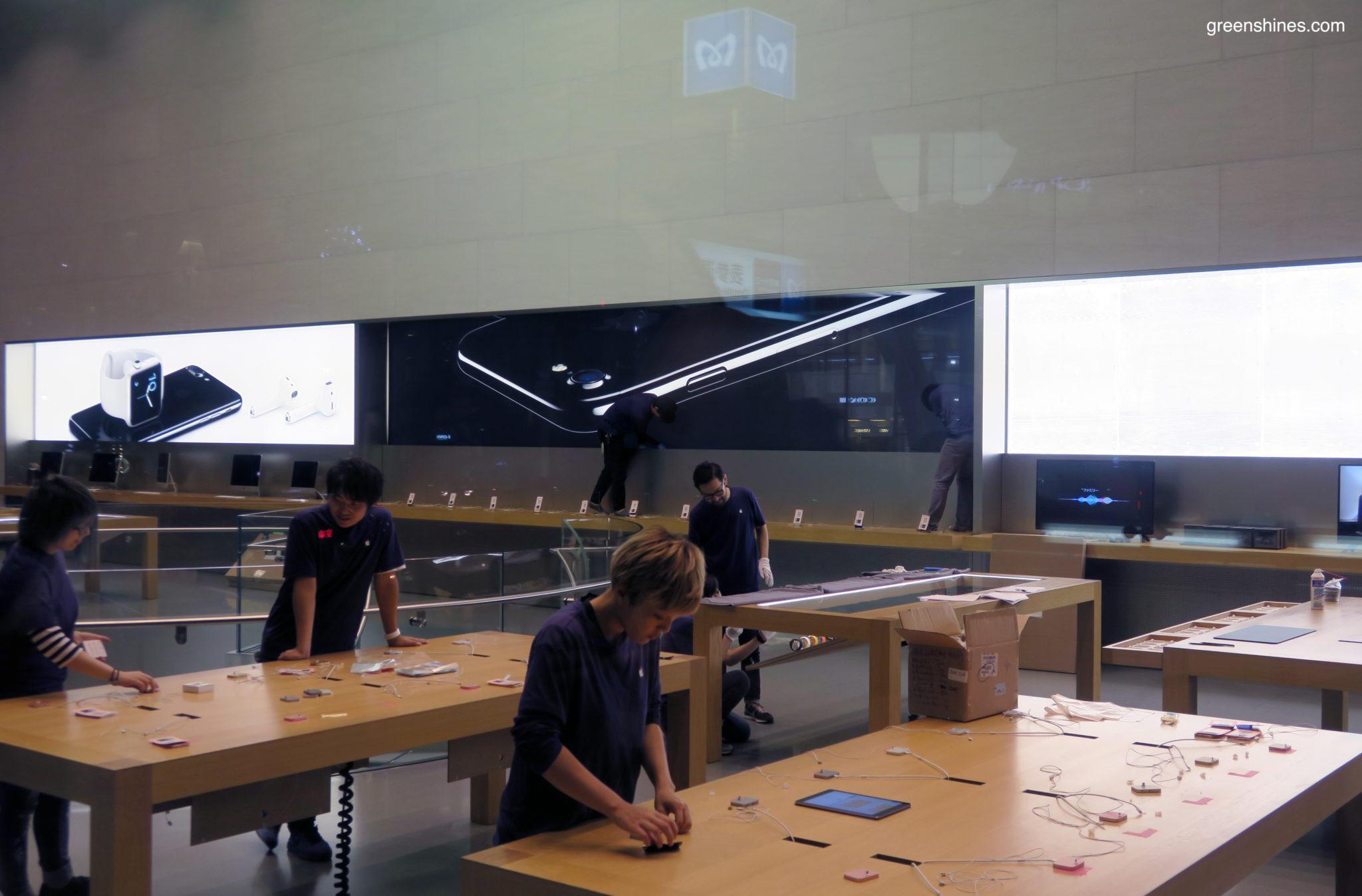 3-apple-store-tokyo-iphone-7