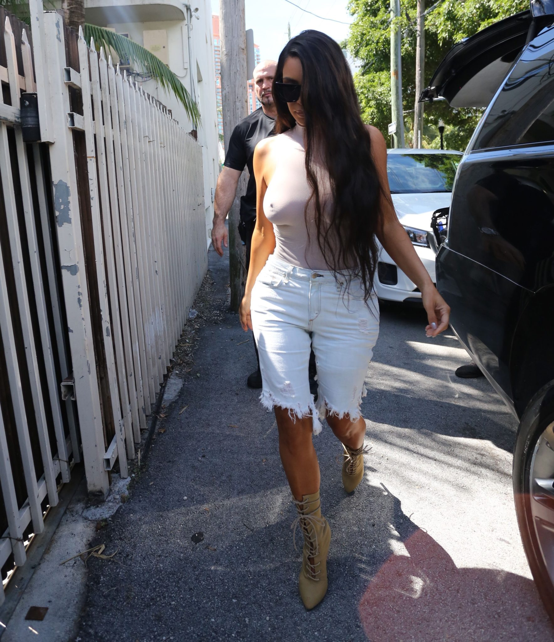 kim-kardashian-see-through-112