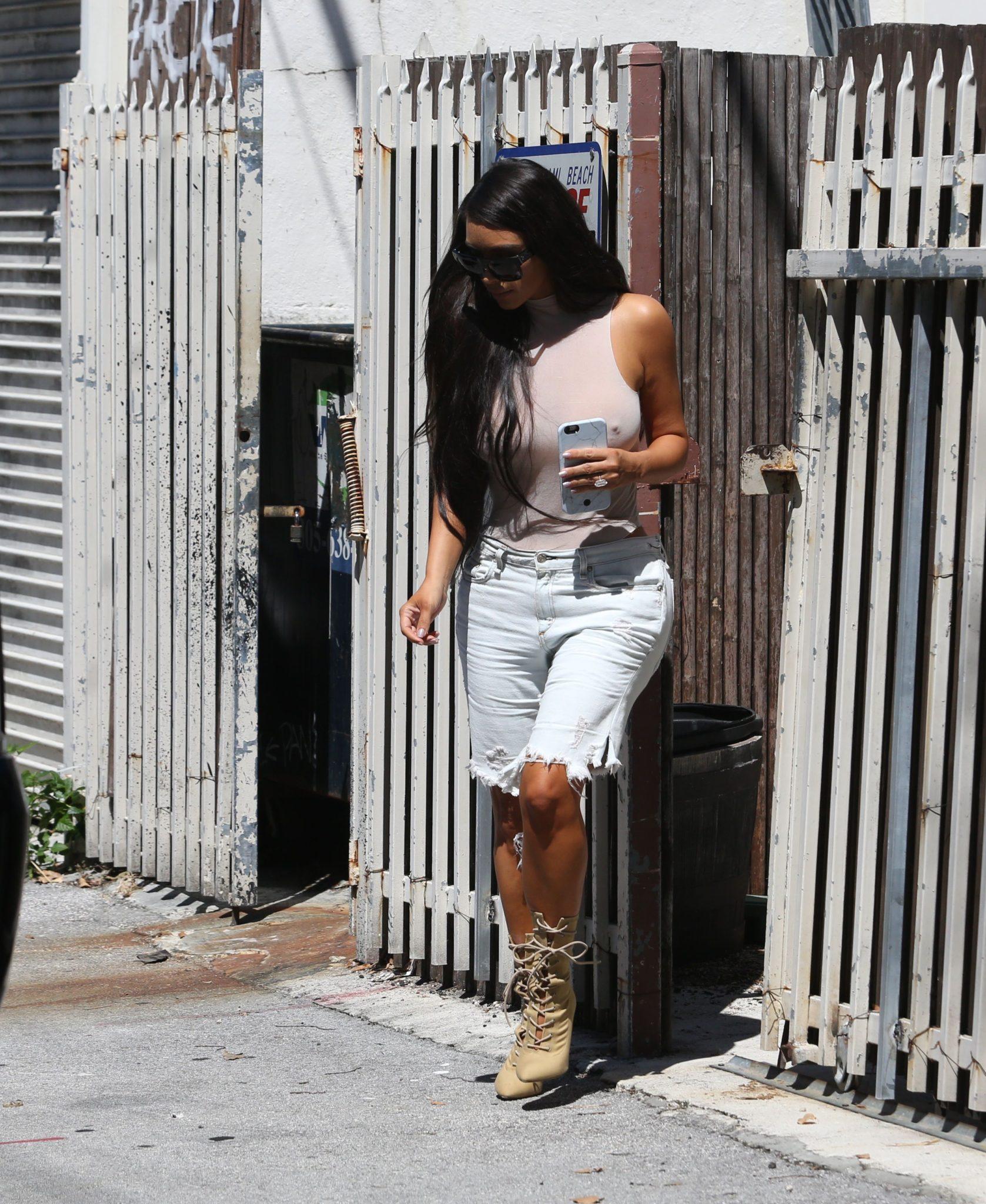 kim-kardashian-see-through-117