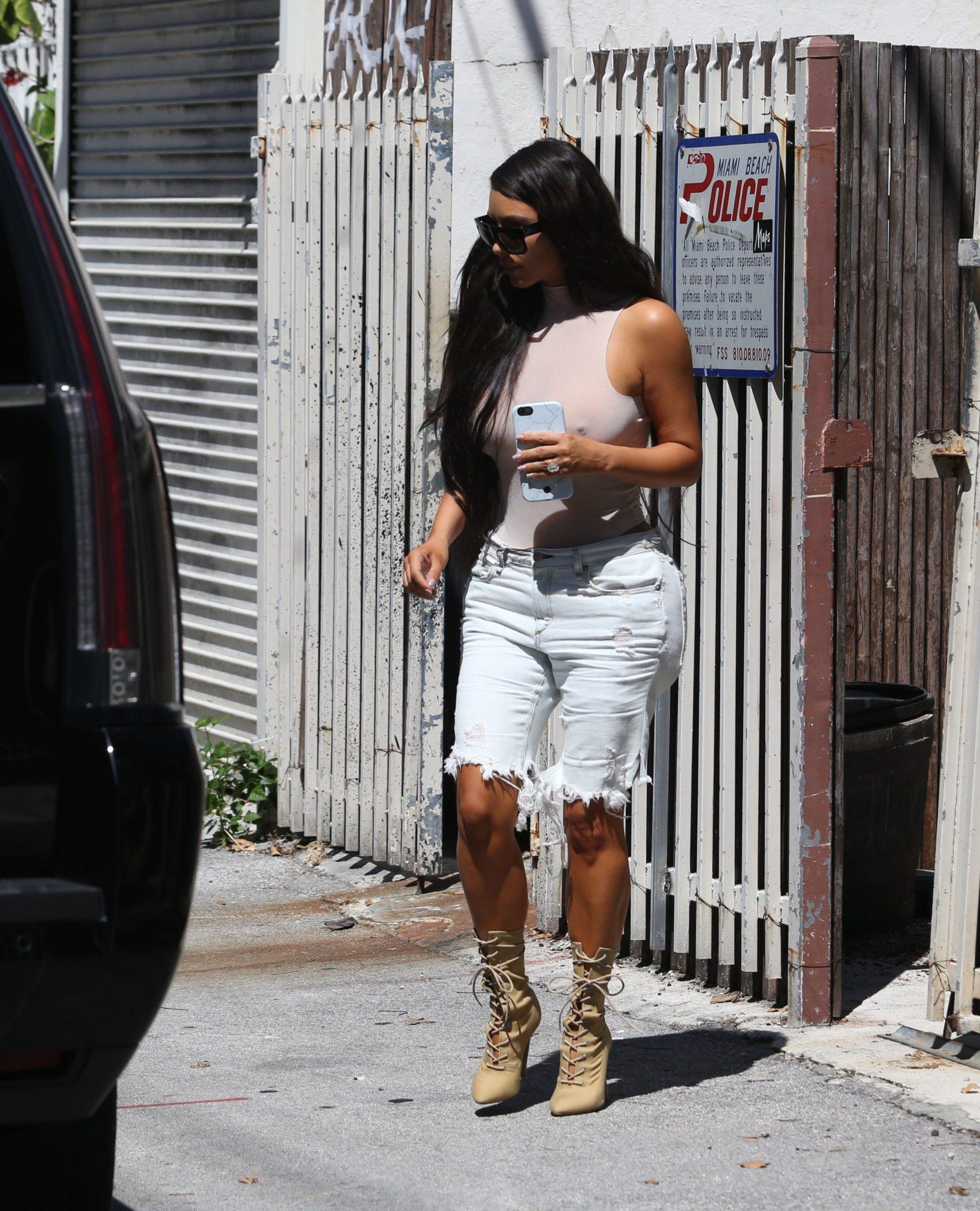 kim-kardashian-see-through-120