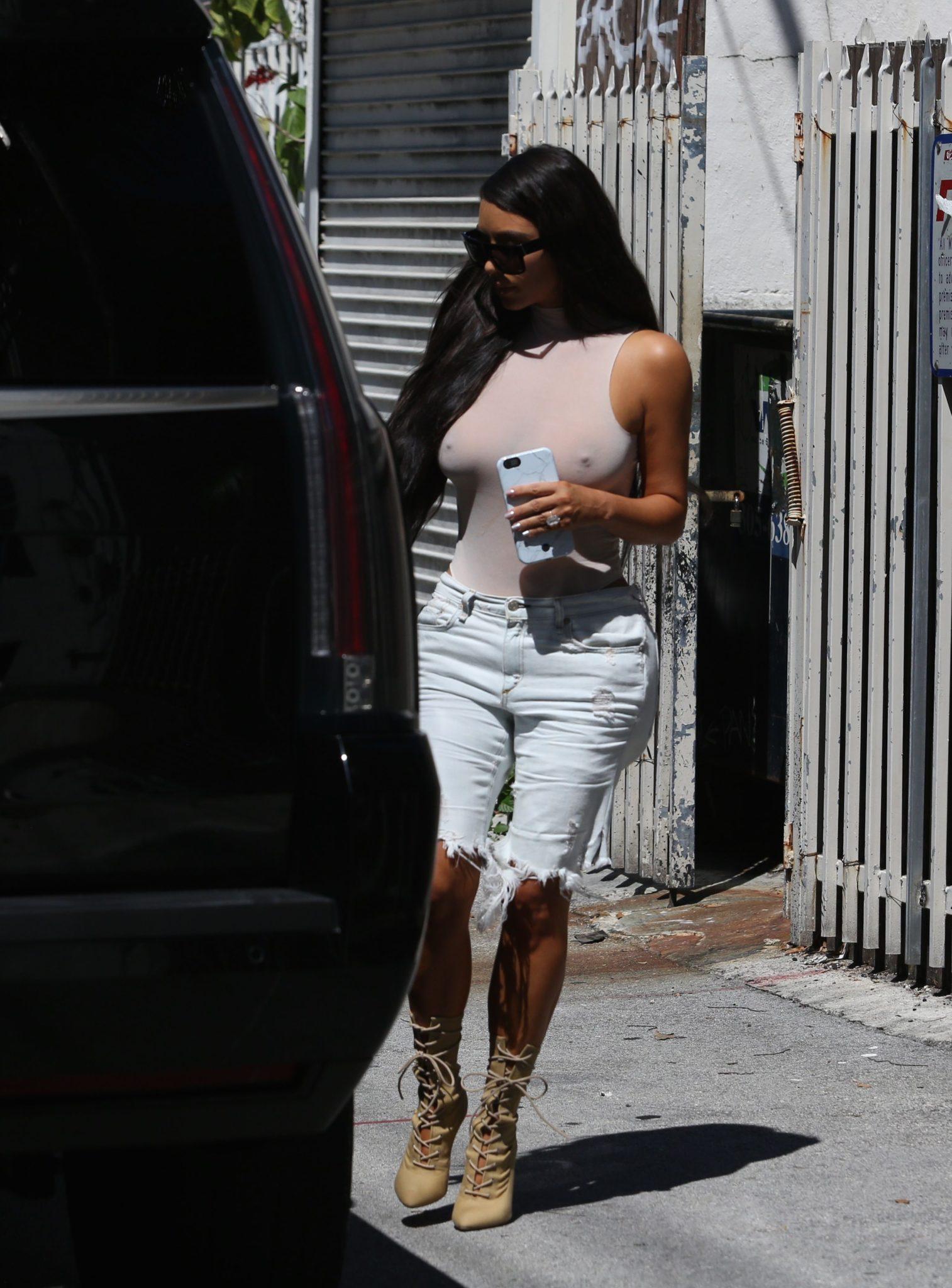 kim-kardashian-see-through-126