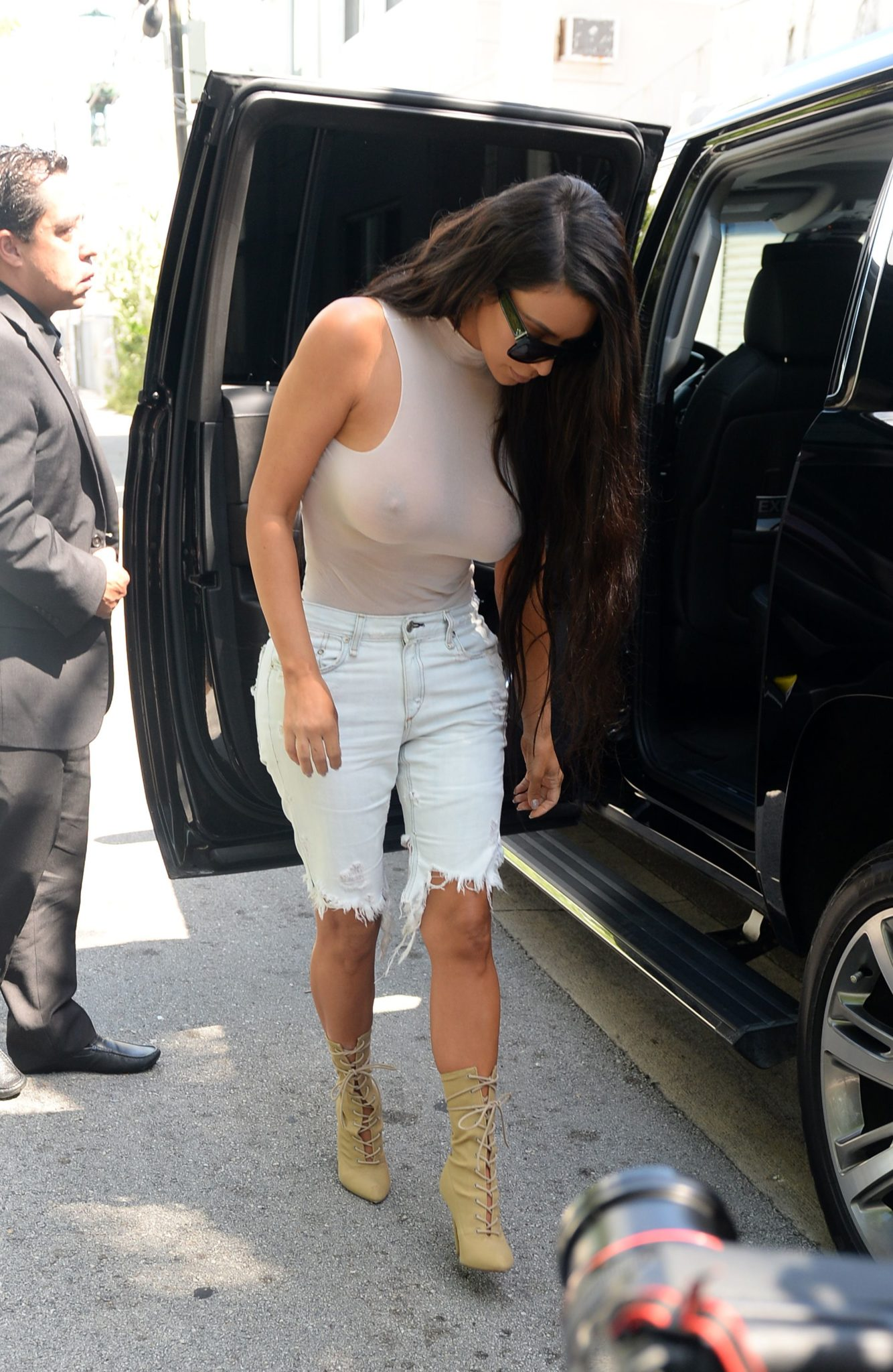 kim-kardashian-see-through-34