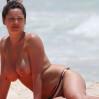 Kelly Brook Topless Big Boobs Bikini Candids On The Beach In Cancun www.GutterUncensored.com 028